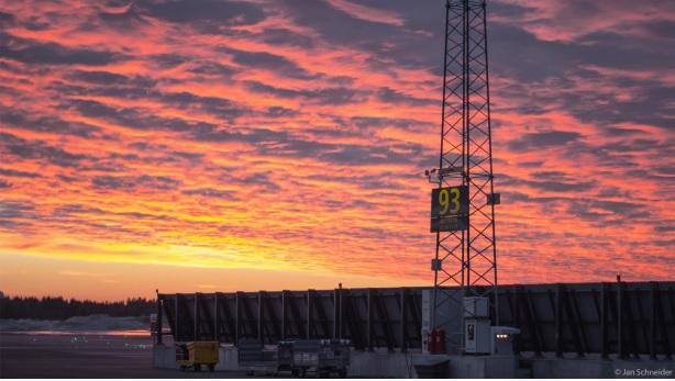 Sonnenaufgang Osloser Flughafen (Januar 2015)