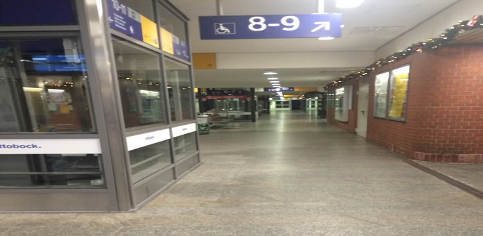 Göttinger Bahnhof - morgens um 03:00 Uhr